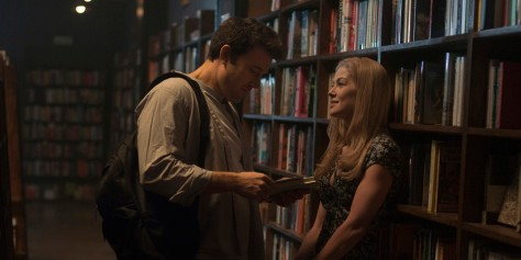 o-GONE-GIRL-MOVIE-REVIEWS-facebook