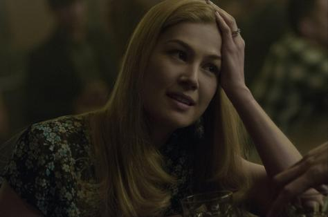 still-of-rosamund-pike-in-gone-girl-(2014)-large-picture