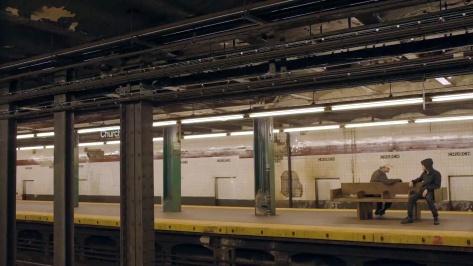robot_pilot_mediagallery_subway