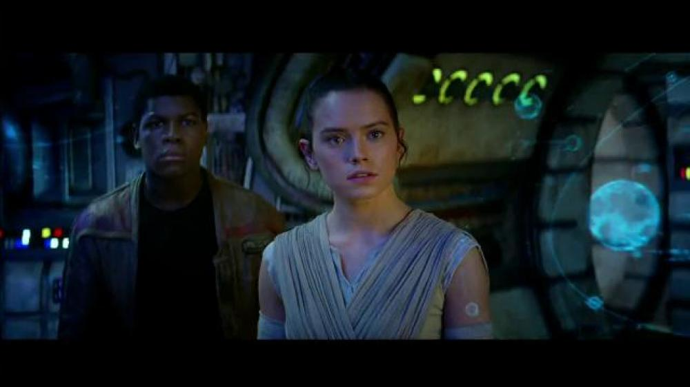 star-wars-episode-vii-the-force-awakens-movie-trailer-large-6