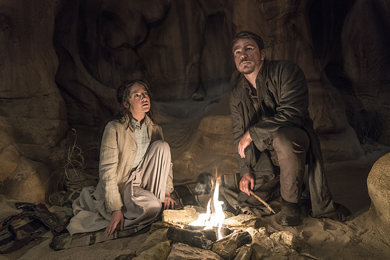 Sarah Greene as Hecate and Josh Hartnett as Ethan Chandler in Penny Dreadful (season 3, episode 5). - Photo: Jonathan Hession/SHOWTIME - Photo ID: PennyDreadful_305_0087