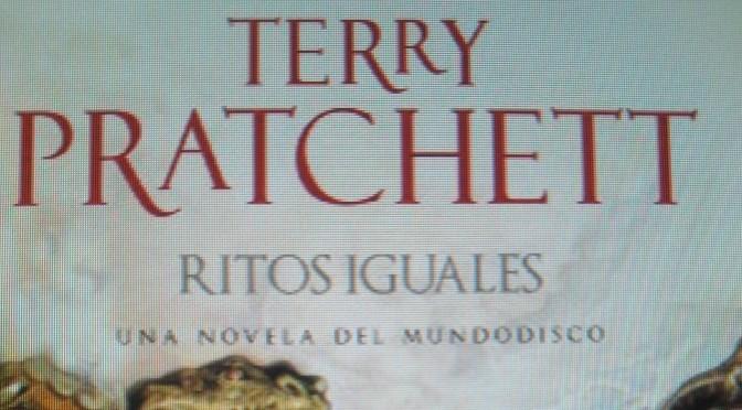 Crítica de Ritos Iguales de Terry Pratchett (Mundodisco 3)
